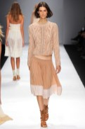 VANESSA BRUNO FashionDailymag sel beige rose sweater