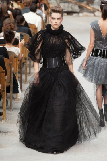 CHANEL haute couture fall 2013 fashiondailymag sel 56