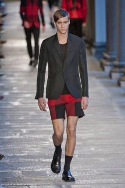 NEIL BARRETT menswear spring 2014 fashiondailymag sel 39