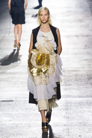 DRIES VAN NOTEN Spring 2014 fashiondailymag sel 50