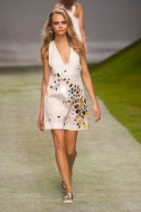 TOP SHOP Unique spring 2014 FashionDailyMag sel 20 cara delevingne
