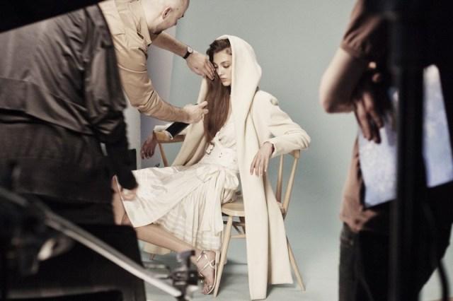 CHLOE BTS Ph by Tamara Savidi fashiondailymag sel 10