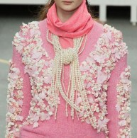 CHANEL fall 2014 FashionDailyMag details 1
