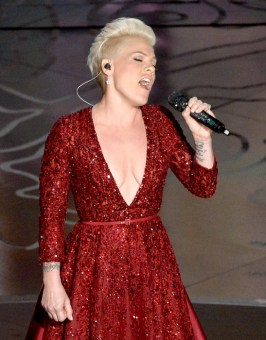 PINK in forever diamonds 2014 oscars fashiondailymag