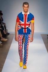 moschino 2 menswear spring 2015 FashionDailyMag