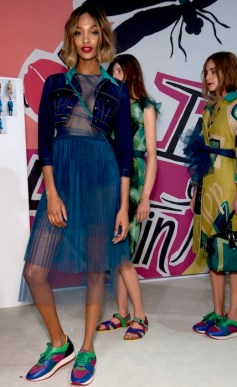 Burberry SS15 Fashion Daily Mag sel 30