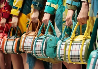 Burberry SS15 Fashion Daily Mag sel 9