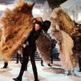 Burberry Festive Campaign FashionDailyMag sel 14