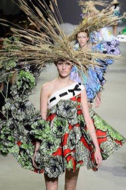 VIKTOR ROLF ss15 FashionDailyMag sel 9