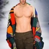 allesio MOSCHINO FALL 2015 LCM FashionDailyMag sel 2
