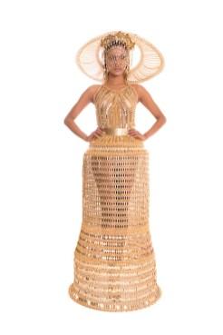 LAUREL DEWITT fall 2015 fashiondailymag sel 41