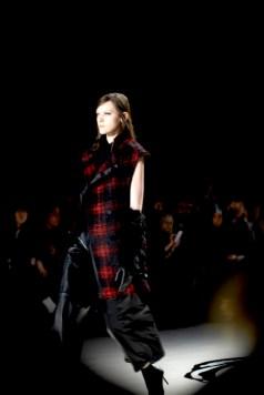 LIE SANG BONG FALL 2015 FashionDailyMag sel 247