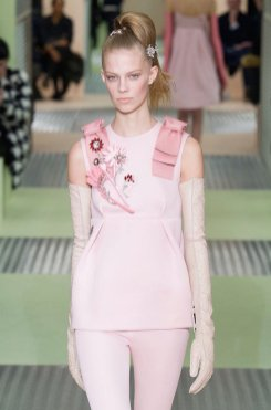 PRADA fall 2015 fashiondailymag sel 3