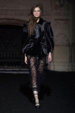 SIMONE ROCHA FALL 2015 fashiondailymag sel 15