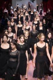 finale DOLCE GABBANA fall 2015 FashionDailyMag sel 35