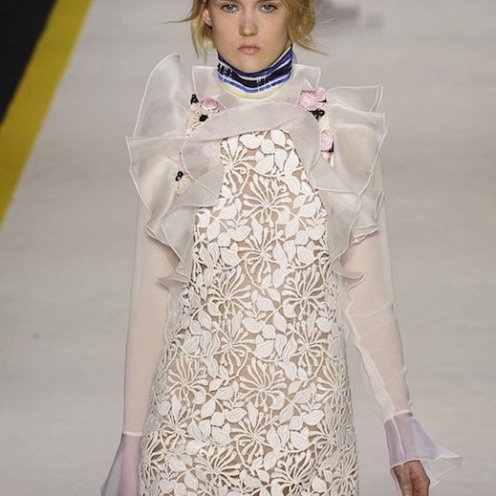 GIAMBATTISTA VALLI fall 2015 FashionDailyMag sel 23