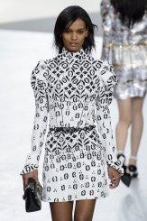 LOUIS VUITTON fall 2015 FashionDailyMag sel 800