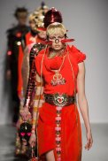 MANISH ARORA fall 2015 PFW sel 32