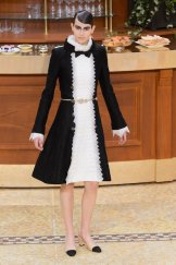 chanel fall 2015 fashiondailymag sel 9