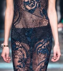 roberto cavalli fall 2015 fashiondailymag sel 43 detail 2