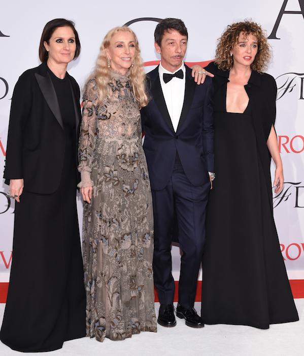 cfda Maria Grazia Chiuri, Franca Sozzani, Pierpaolo Piccioli and Valeria Golino fashiondailymag