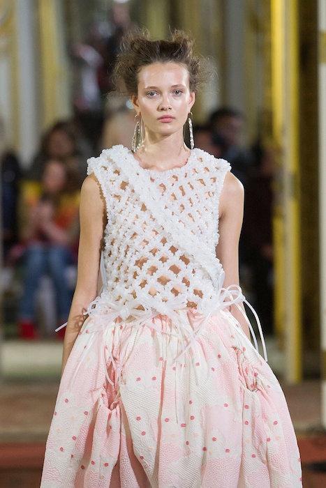 romance SIMONE ROCHA ss16 Fashion Daily Mag 19