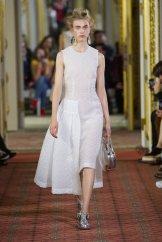 romance SIMONE ROCHA ss16 Fashion Daily Mag 3