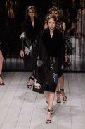 ALEXANDER McQUEEN fw16 LFW FashionDailyMag 4