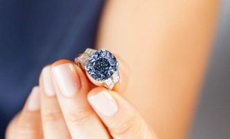 Sotheby's Diamond Ring 4 fashiondailymag