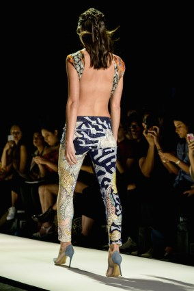 jeans-for-refugees-ss17-fashiondailymag-pt_026
