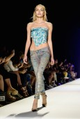 jeans-for-refugees-ss17-fashiondailymag-pt_041