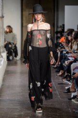 BLUGIRL SS17 MFW fashiondailymag 1b