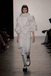 geumi-lee-academy-of-art-ss17-nyfw-fashiondailymag_048