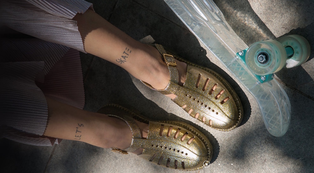 melissa-sk-8-skateboard-gold-jellies-fashiondailymag-cool-girl-guide