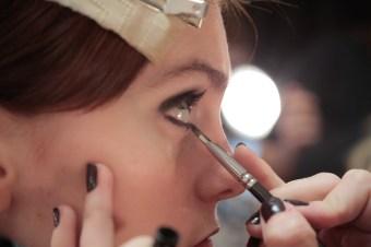 MIMI PROBER FW17 BTS BEAUTY backstage randy brooke fashiondailymag_0405