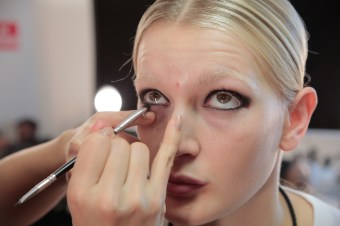 MIMI PROBER FW17 BTS BEAUTY backstage randy brooke fashiondailymag_0458