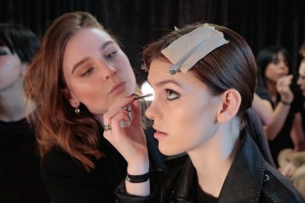 MIMI PROBER FW17 BTS BEAUTY backstage randy brooke fashiondailymag_0510