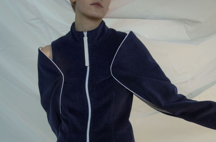 andrea jiapei li fw17 3 fashiondailymag `11