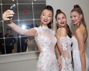 Berta Bridal SS18 FashionDailyMag 1 Fashiondailymag PMOREJON 29
