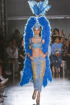 MOSCHINO resort 18 Jeremy Scott FWP x FashionDailyMag 36