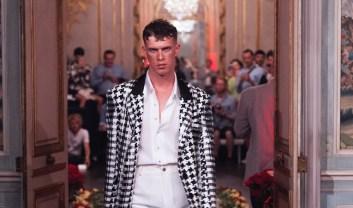 PALOMO SPAIN 2 PRE SPRING 2018 PARIS fashiondailymag0PALOMO SPAIN PRE SPRING 2018 PARIS fashiondailymag(2)