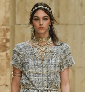 chanel resort 2018 fashiondailymag 13