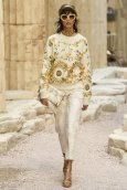 chanel resort 2018 fashiondailymag 223