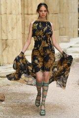 chanel resort 2018 fashiondailymag 5