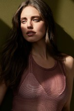 EMILY DiDonato in the GLOW STORY + RAIN FDMLOVES 140_008_06