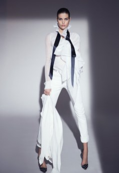 ALEXANDRE VAUTHIER SS18 PARIS FASHION WEEK fashiondailymag 15