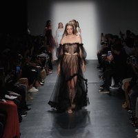 LISA N HOANG dainty highlights