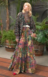 MULTICOLOR cozy MISSONI pre fall 2018 fashiondailymag 13