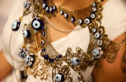 EYE see the ARIANE CHAUMEIL jewels