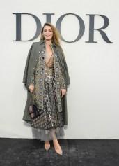 blake lively Christian Dior : Photocall - Paris Fashion Week Womenswear Spring/Summer 2019